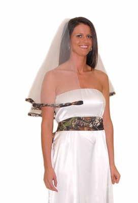 Mossy Oak Camo Trimmed Wedding Veil