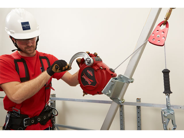 how to set up safety winch