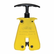 CM HGC 1/4 Ton Hand Grip Clamp