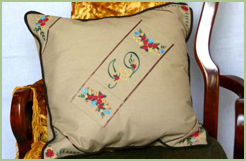 Cushion Cover with Roses Essentials