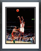 Michael Jordan 1996 NBA Finals Game 6 Action Framed Picture 8x10