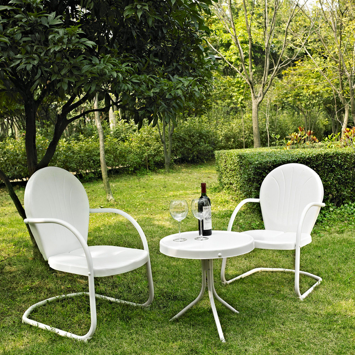 Crosley Griffith 3 Piece Metal Outdoor Conversation Seating Set   Two Chairs  With Side Table In White