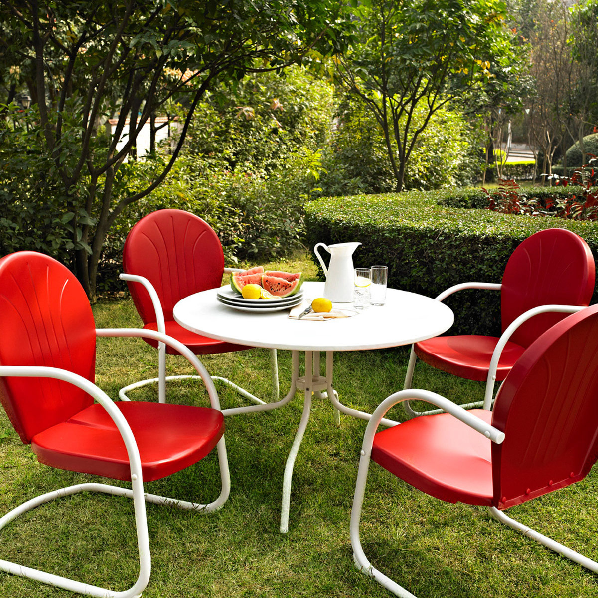 Crosley Griffith Outdoor Metal Five Piece Set 40 Patio Dining Table And 4 Chairs In White Red