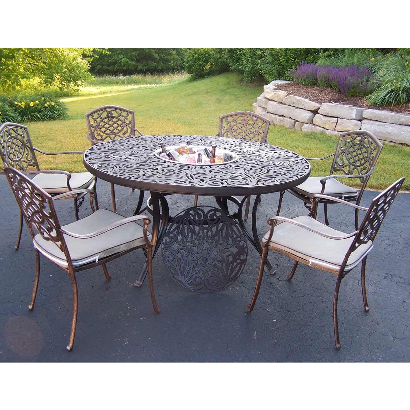 Oakland Living Mississippi Cast Aluminum 60 Table With 6 Stackable