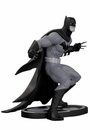 Batman B/W Statue Capullo