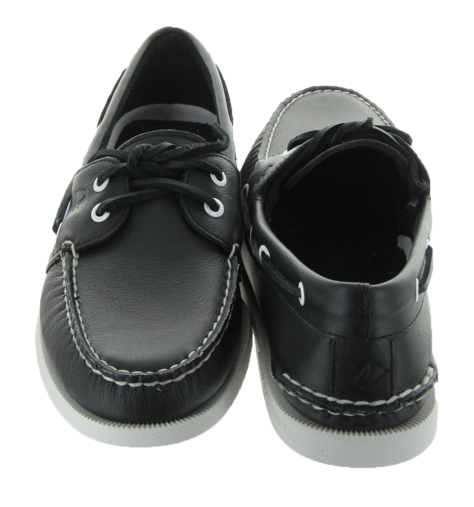 a o 2 eye in black white by sperry sperry top sider s