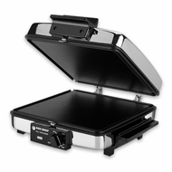 Black & Decker G49TD 3-in-1 Grill  Griddle and Waffle Maker - click to enlarge