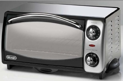 DeLonghi XR450 Retro Toaster Oven - click to enlarge