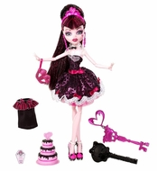 Monster High Sweet 1600 Draculaura Doll - click to enlarge