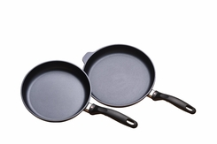 "Swiss Diamond 602 2pc Frying Pans 10"" and 11"" - click to enlarge"