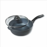 Swiss Diamond 6724m Saute Pan with Stainless Steel Handle - click to enlarge