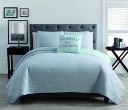 4 Piece Diamond Light Blue/Mint Quilt Set