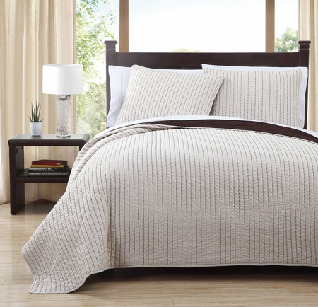 3 Piece Project Runway Ivory/Coffee Quilt Set