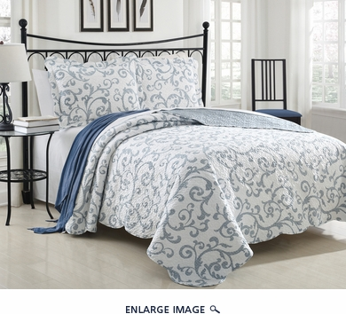 3 Piece Queen Loral Blue Scroll Quilt Set