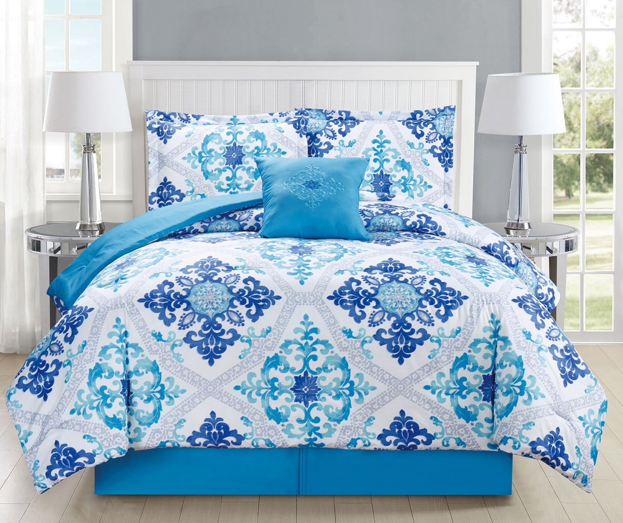 5 Piece Regal Navy Blue White Comforter Set