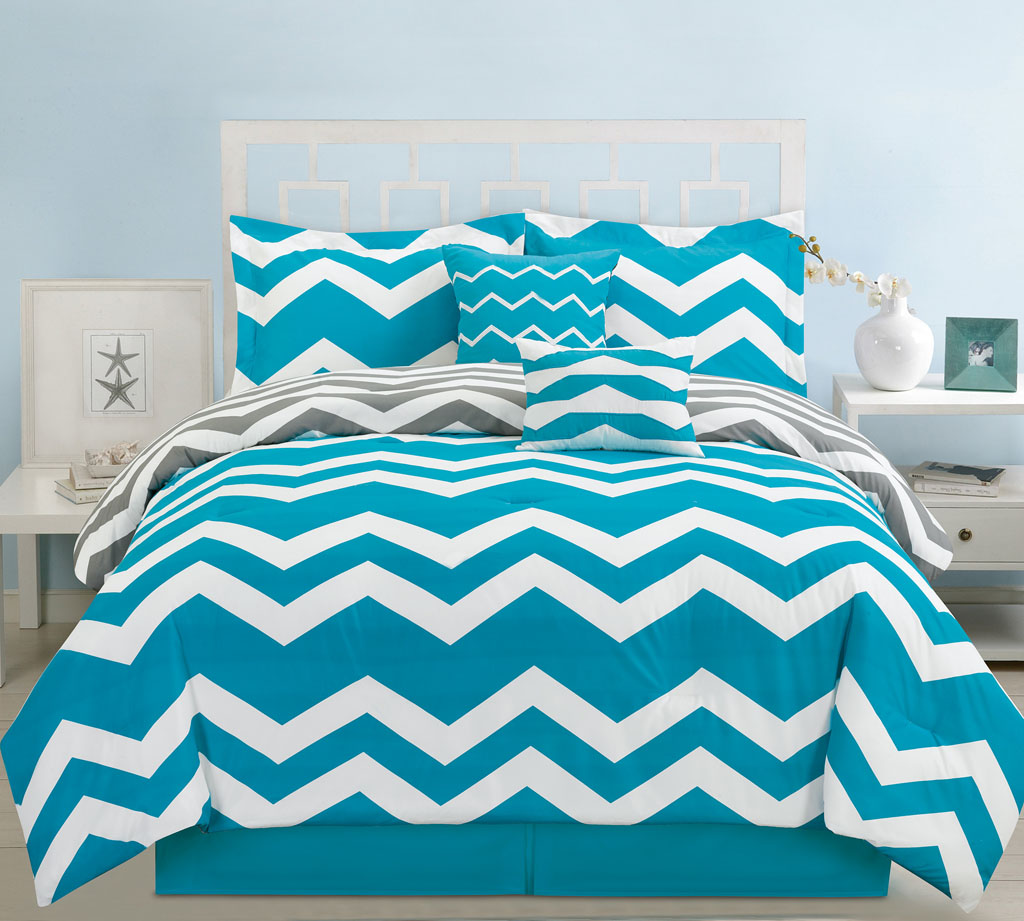 your bedroom with this chevron comforter set it features chevron