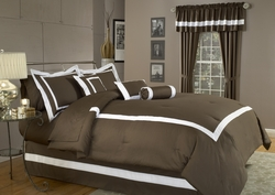 7 Piece Full Hotel Collection Tuscan Duvet Cover Set Chocolate and White