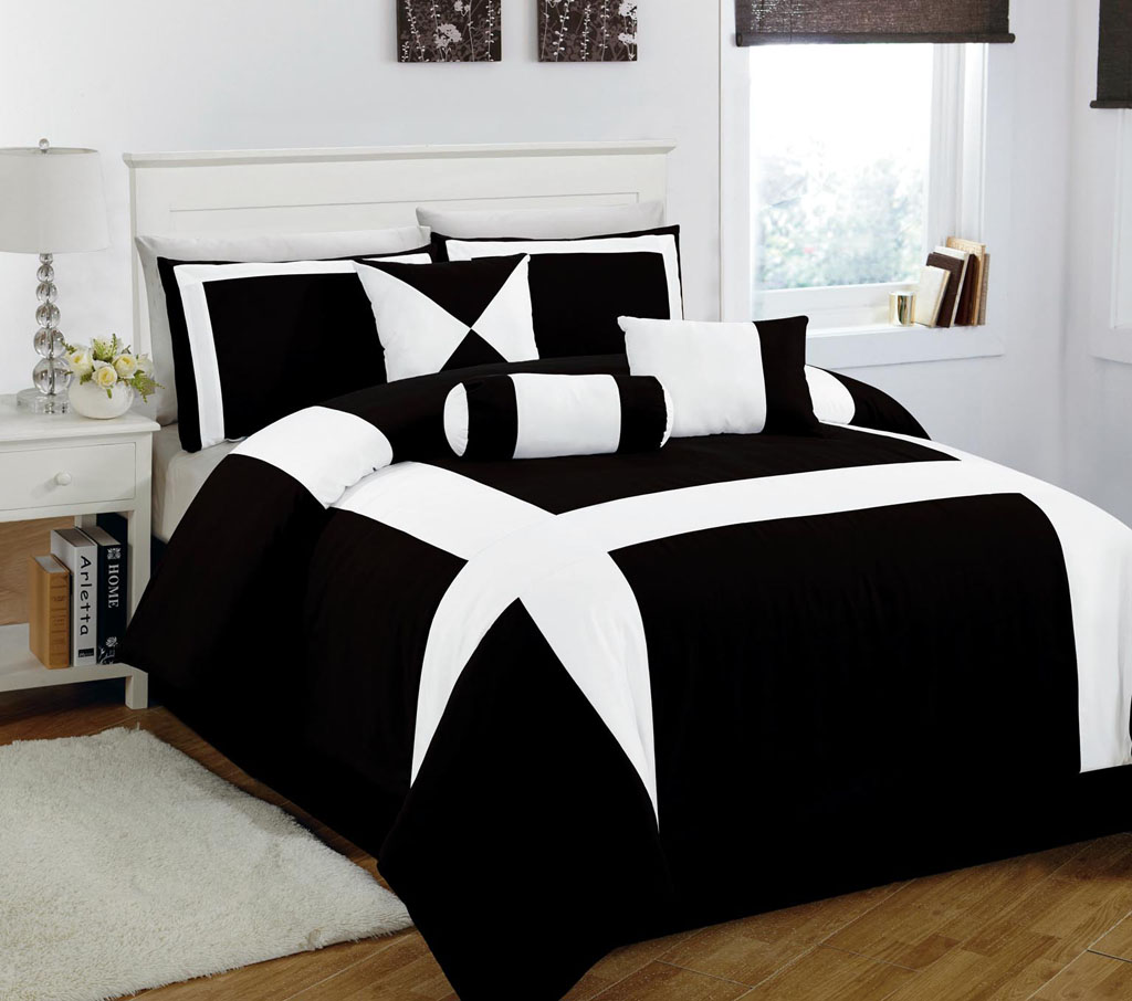 Black white queen comforter sets pictures to pin on pinterest - Black and white bed spreads ...