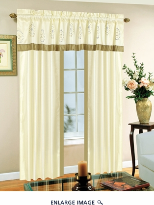 Medallion Curtain Set w/ Tassels / Sheers
