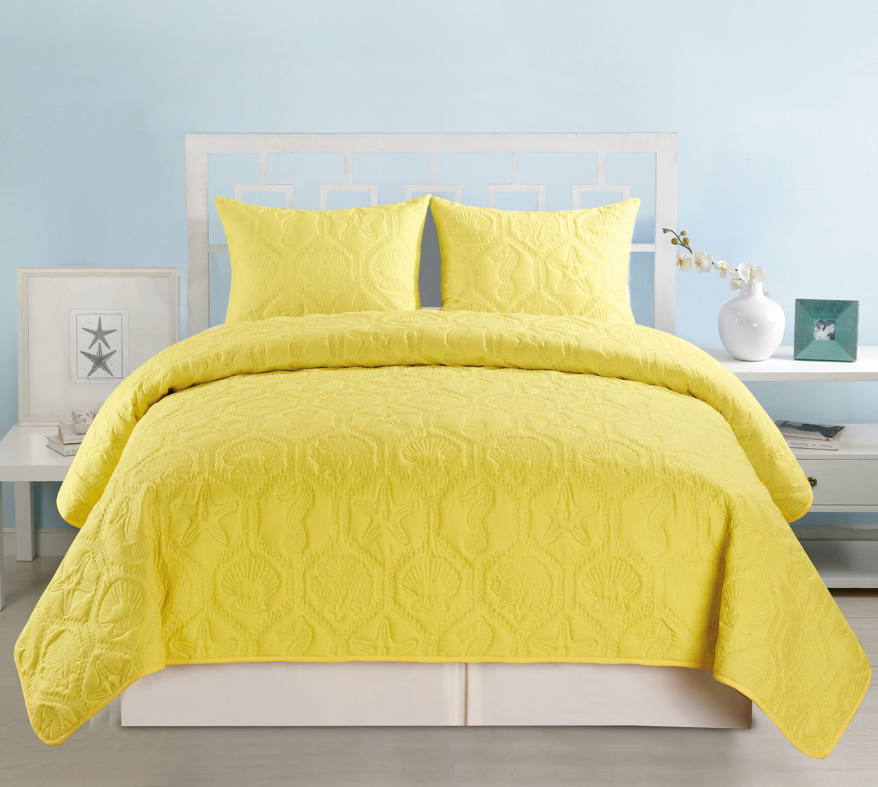 Seashell Turquoise Yellow Reversible Bedspread Quilt Set