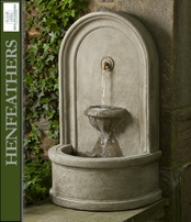 HenFeathers Piazza Fountain