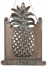 Island Pineapple Welcome Plaque