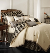 Rose Tree Place Vendome Full Comforter Set