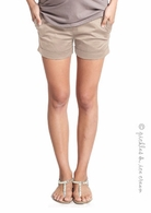 Mothers en Vogue Comfy Sateen Shorts Khaki