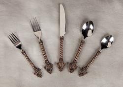 TEMPORARILY OUT OF STOCK - 20 pc. Fleur De Lis Flatware Set - GG Collection (Backordered June)