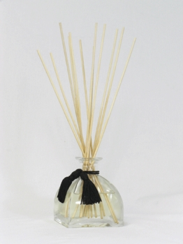 Diva Reed Diffuser Set by Tyler Candle Company