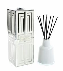 Wonderful White Soziety Reed Diffuser Votivo Candle | Soziety Collection Reed Diffuser Votivo Candle