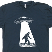 UFO Bigfoot T Shirt Alien Abduction Sasquatch Cryptozoology Funny Tees