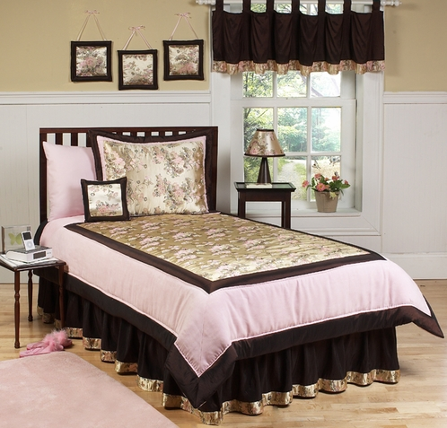 Bedding & Decor > Toddler & Kids Bedding > Kids Bedding Sets > Sweet Jojo Designs Soho Bedding Collection in Pink/Brown Cool and contemporary, the Sweet Jojo Designs Soho Bedding Collection in Pink and Brown will give your modern girl's room a fresh, sophisticated look.