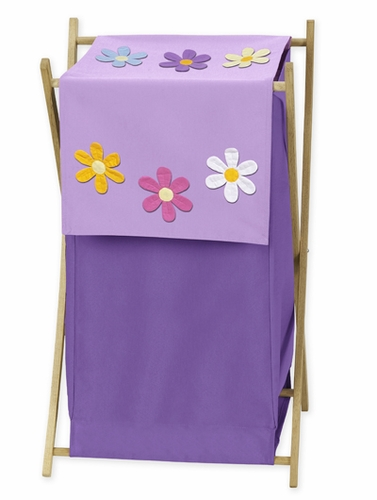 Create a fresh and modern look in your little girl's bedroom with the Sweet Jojo Designs Soho Laundry Hamper. Adorned with pink, chocolate brown and camel color blocks in a geometric design, the hamper will keep your princess' room nice and neat.