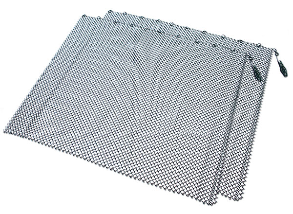 ... Fireplace Accessories > UniFlame Mesh Fireplace Screen - 18 Inch x 48