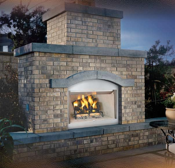 Vantage Hearth Laredo Wood Burning Outdoor Fireplace with