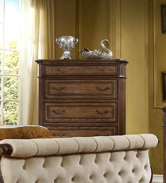 Aveline Classic Spacious 5-drawer Chest In A Wood Grain Pecan Finish
