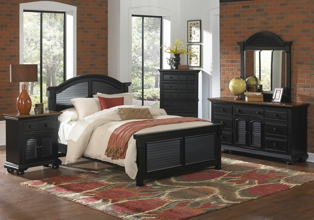 Cottage Traditions Distressed Black Coastal Bedroom Furniture Set