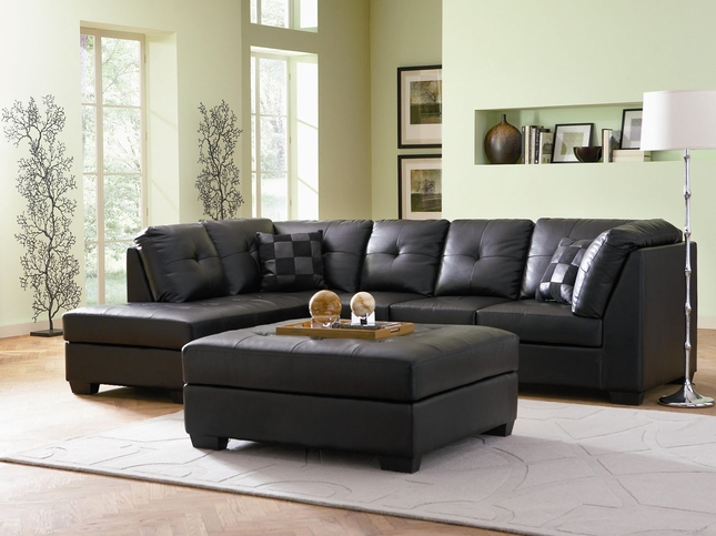 Darie Black Bonded Leather Sectonal Sofa with left side Chaise