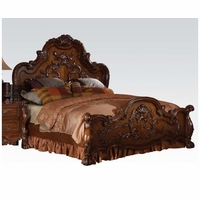 Dresden Traditional Luxury Queen Bed In Light Brown Cherry Oak Finish