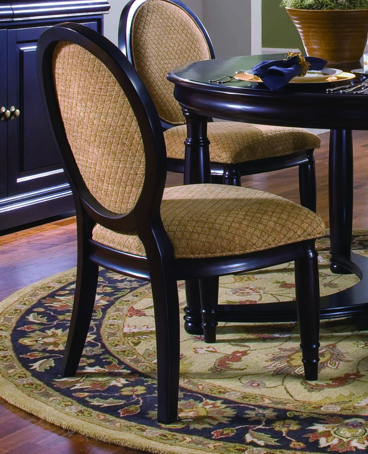 Brown Traditional 5 Piece Round Dining Set Cally: Furniture