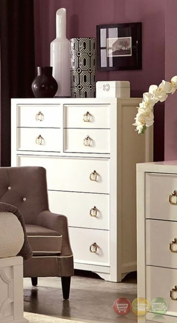 Furiani White 7-Drawer Chest With Gold Accents