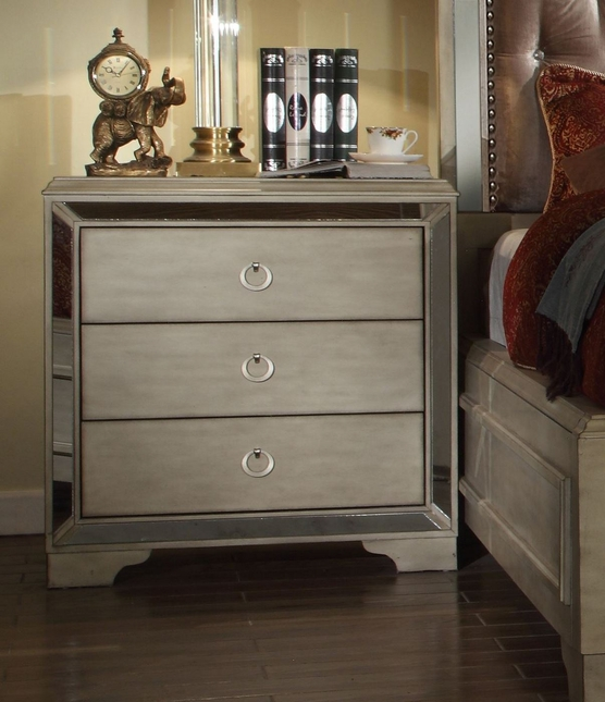 Imperial Contemporary Glamour 3-Drawer Nightstand In Pearl Beige
