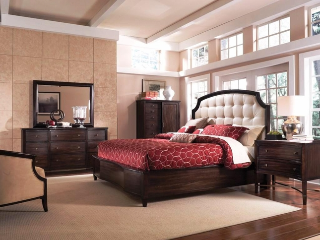 Intrigue Complete Traditional Leather Panel King Bed