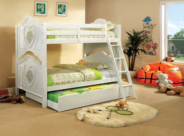 Isabella III White Bunk Bed with Flower and Heart Motif