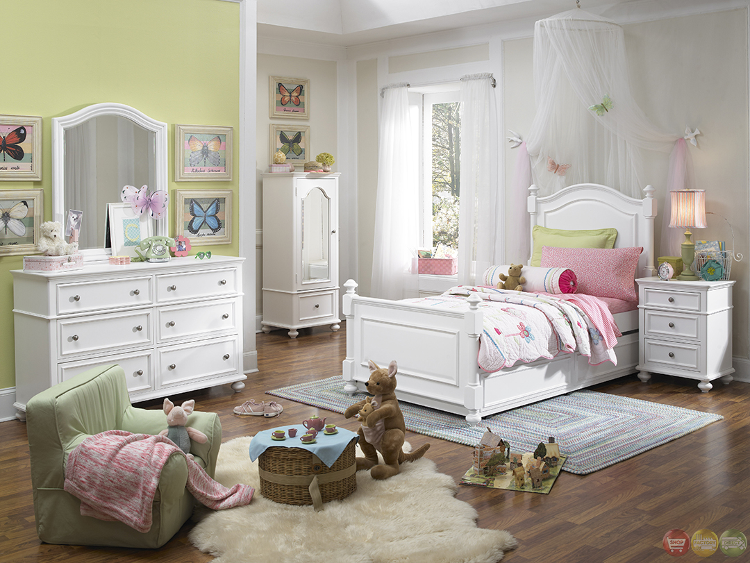 Powell White Twin Bedroom In A Box: Madison Natural White Low Post Twin Lifestyle Youth Bed