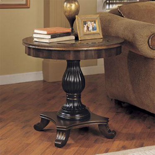 Masterpiece Scalloped Apron Focal Table End