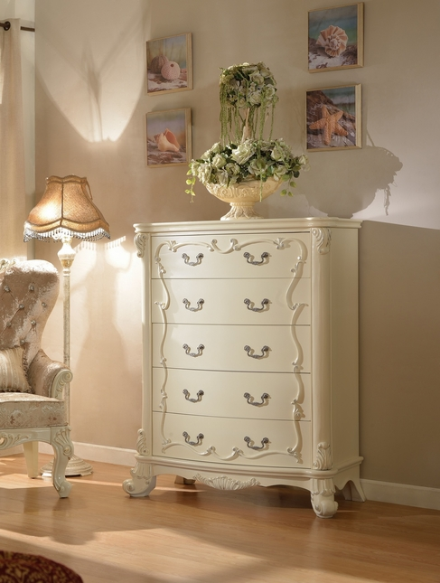 Novara French Ornate 5-Drawer Chest In Pearl White