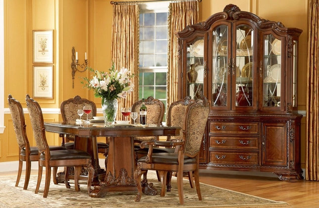 Old World Pedestal Dining Table with Fabric Back and Leather Seat Dining Chairs