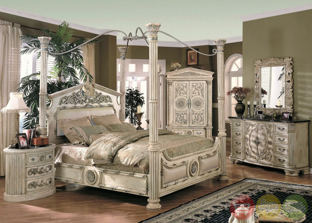 Four Post Bedroom Set